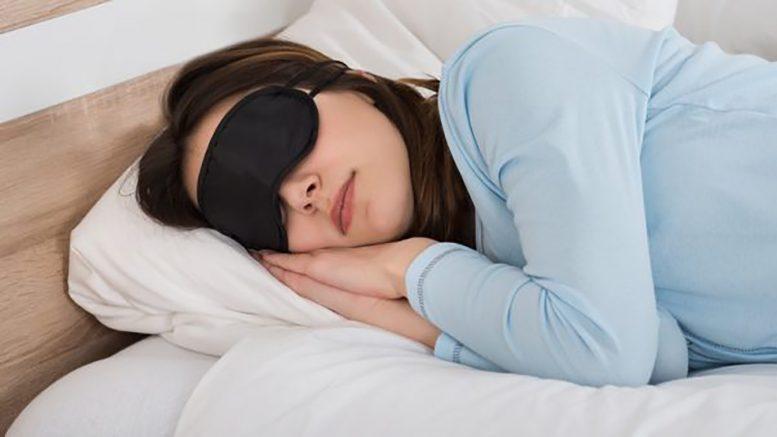 les 5 meilleurs masques de sommeil bruit blanc pour dormir. Black Bedroom Furniture Sets. Home Design Ideas
